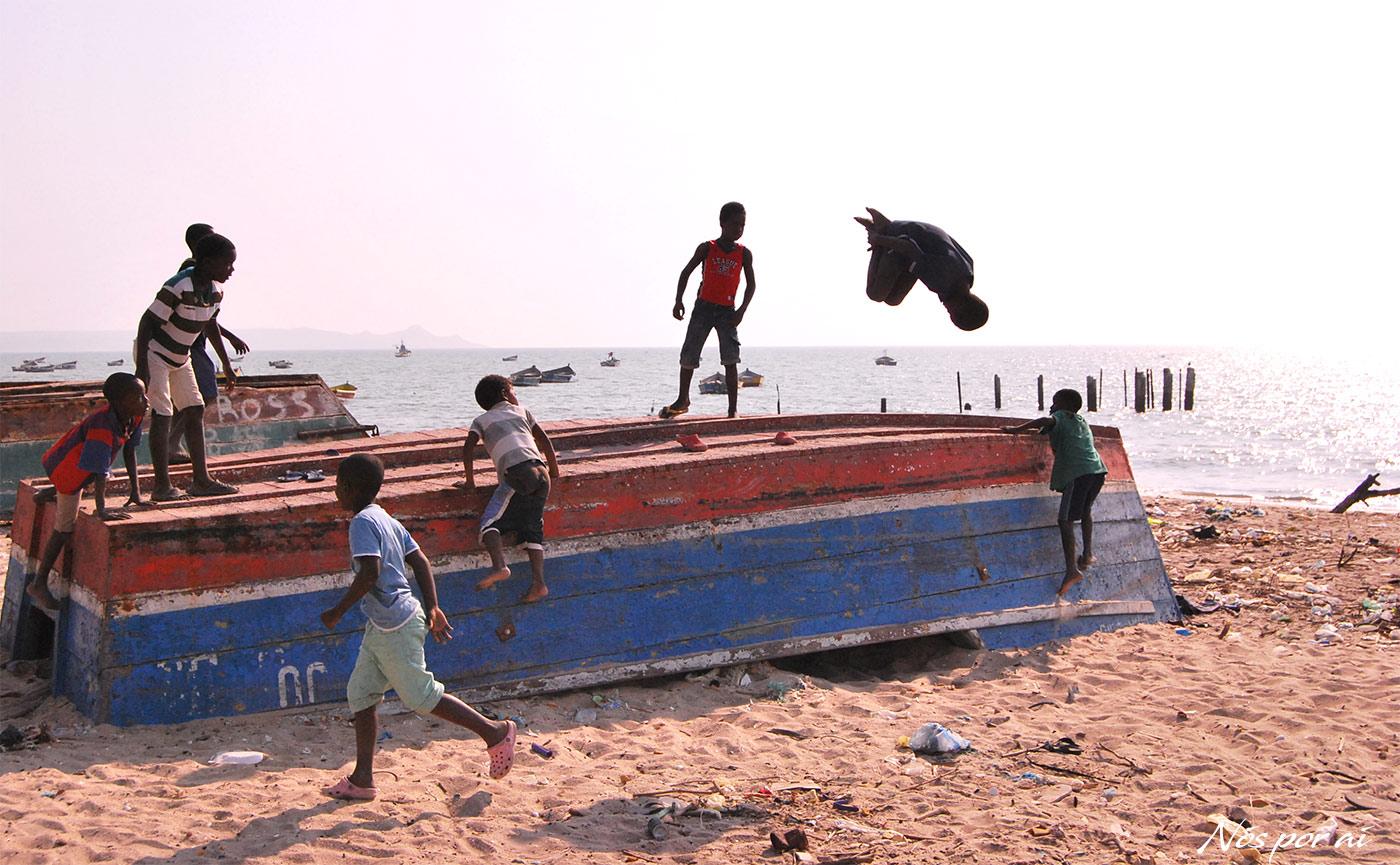 Angola, redescobrir um país