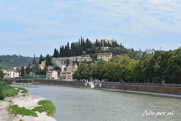 Rio Ádige em Verona