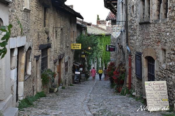 Rua de Péruges