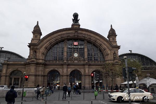 Estação central de Hauptbahnhof